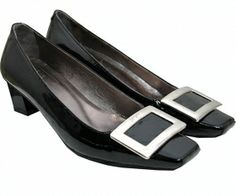 Roger Vivier Shoes (size 37 US size 6.5)