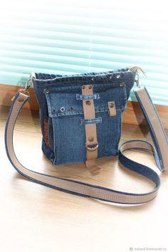 be3cc80973bb Джинсовая сумка мини 18 - купить или заказать в интернет-магазине на  Ярмарке Мастеров -