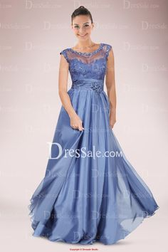 Elaborated Sweetheart Mother of Bride Dress Featuring Sheer Yoke and Lace Applique