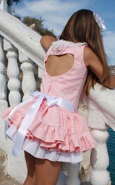Cute Little Girls Outfits, Little Girl Models, Girls Fall Outfits, Girly Outfits, Vintage Kids Fashion, Cute Kids Fashion, Girls Short Dresses, Cute Girl Dresses, Preteen Girls Fashion