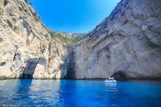 Caves of Paxos, Ionian Islands, Greece Foto credits to Bill Metallinos
