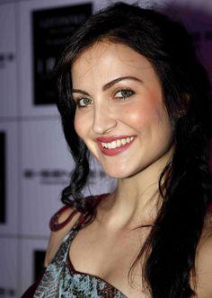 Beautiful Elli Avram - https://twitter.com/desaikillol/status/584688206915964928