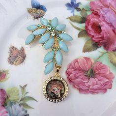 Aqua Sparkle Rhinestone Brooch Memory by MoniquesBijouxStudio