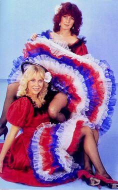 "Agnetha Fältskog and Anni-Frid ""Frida"" Lyngstad of the Swedish pop group ABBA. Music Love, Pop Music, Sexy Older Women, Sexy Women, Frida Abba, Abba Mania, Female Singers, Up Girl, Petticoats"