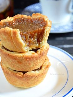 Maple Syrup Tart - The Not So Creative Cook Homemade Maple Syrup, Maple Syrup Recipes, Tart Recipes, Baking Recipes, Dessert Recipes, Dessert Bars, Cookie Recipes, Butter Tart Squares, Canadian Butter Tarts