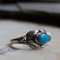Two tone Ring, turquoise ring, oval stone ring, boho chic ring, casual ring, leaves ring, nature ring, unique silver ring - Wonder R2185
