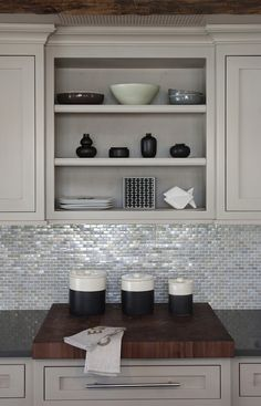 Suzie: Papyrus Home Design - Shiny, sparkly kitchen with light gray kitchen cabinets with ...