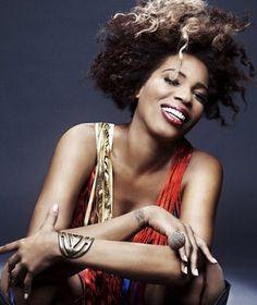 Macy Gray- Styling by Styles Soul Singers, Female Singers, Jazz Poster, Macy Gray, Famous Musicians, Neo Soul, Piece Of Music, Soul Music, Beautiful Black Women