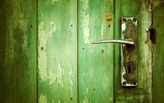 Green Wood Grunge Doors Hd A