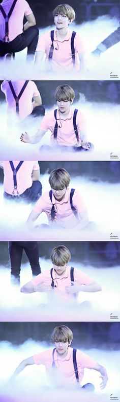 #Exo #Baekhyun of course he's gonna play with the smoke