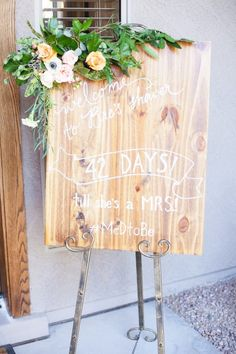 Unique Bridal Shower, Bridal Shower Signs, Wedding In The Woods, Wedding Day, Wedding Countdown, Creative Decor, Rustic Chic, Beautiful Homes, Bridesmaid