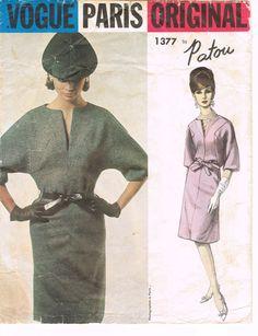 Vogue 1377 - Vintage 1960s Sewing Pattern - Paris Original - Patou - Size 12 - Bust 32 - Hip 34 - One Piece Dress