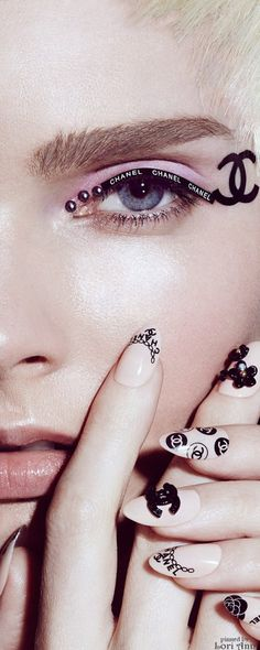 Chanel Model: Enly Tammela for No Tofu magazine by photographer Jamie Nelson Chanel Nails, Chanel Makeup, Flower Nail Designs, Simple Nail Art Designs, Fashion Mode, Fashion Beauty, Chanel Tattoo, Gel Nails, Manicure