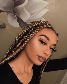 Top 60 All the Rage Looks with Long Box Braids - Hairstyles Trends Blonde Box Braids, Blonde Curly Hair, Honey Blonde Hair, Ginger Hair, Ash Blonde, Platinum Blonde, Brown Box Braids, Colored Box Braids, Large Box Braids