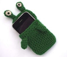 Today's Etsy crochet feature comes from cocodollz. It is one of the most unique and fun crochet phone cozies I've seen in awhile. It makes me smile!  :)