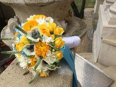 sárga fehér menyasszonyi csokor