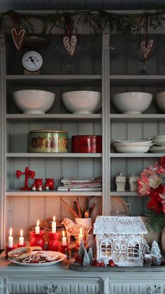 - Manuela V. Scandinavian Holidays, Christmas Interiors, Christmas Kitchen, Scandinavian Christmas, Christmas Home, Vintage Christmas, Christmas Holidays, Vibeke Design, Country Furniture