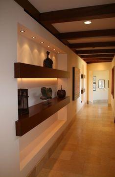 Contemporary hallway 54 hallway ideas for big house with luxury design Contemporary Hallway, Contemporary Homes, Flur Design, Hallway Designs, Style At Home, Home Fashion, Built Ins, Home Interior Design, Home Hall Design