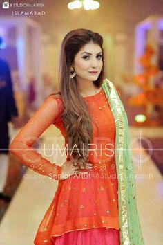 Pakistani Fashion Party Wear, Pakistani Wedding Outfits, Pakistani Dress Design, Pakistani Dresses, Bridal Outfits, Stylish Dress Designs, Stylish Dresses, Fashion Dresses, Long Frocks For Kids
