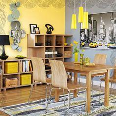 Então fica a dica, se a sua cozinha possui pouca iluminação natural aposte no amarelo. O  Amarelo é uma cor quente que pode ser combinado com branco, cinza, Laranja, Azul ou preto.