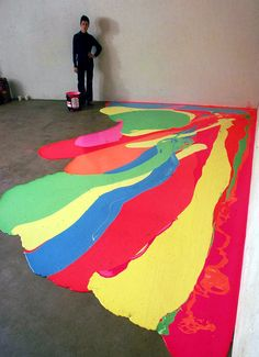 cool way to decorate the garage floor?