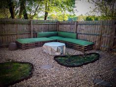 Wood pallet outdoor sectional fire pit area