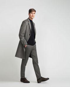Bild 1 von MANTEL IN GRAU von Zara Zara, Trench Coat Men, La Mode Masculine, Brooks Brothers, Winter Fashion, Raincoat, Normcore, Grey, People
