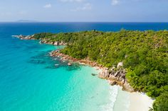 One of my favorite stops on mytravels around the Seychelles was Praslin Island. And I'm not alone in loving it! This place is widely considered to be one of the most beautiful destinations on the planet, and one of the