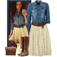 Denim and Lace. I've fallen in love with denim and lace! Denim And Lace, Trend Fashion, Look Fashion, Denim Fashion, Looks Country, Country Girls Outfits, Country Style Clothes, Casual Country Outfits, Country Dresses With Boots