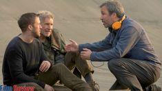 Gosling, Ford and Villeneuve. Film Blade Runner, Blade Runner 2049, Denis Villeneuve, Columbia Pictures, Movies Showing, Science Fiction, Films, Entertaining, Memories