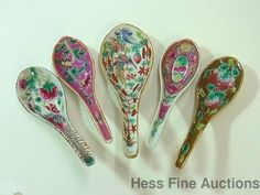 5 Signed Famille Rose Enamel Antique Chinese Porcelain Soup Spoons 33of34 China Rose, Vintage Plates, Chinese Antiques, Teapots, Spoons, Cutlery, Vases, Knives, Vintage Antiques