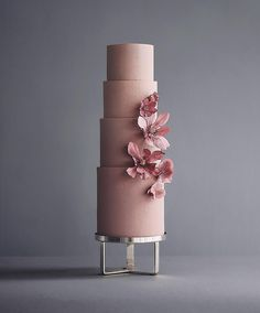 These Luxurious Towering Cakes Look Like They Are Straight Out Of The Fairy Tale Russian Confectioners Make Elegant Cakes That Elegant Wedding Cakes, Elegant Cakes, Beautiful Wedding Cakes, Gorgeous Cakes, Wedding Cake Designs, Pretty Cakes, Amazing Cakes, Modern Cakes, Wedding Cake Inspiration