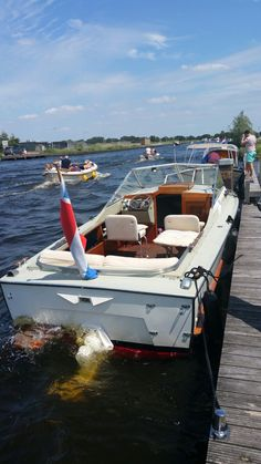 A lovely day at The Brassem and the Kaag in the Nederlands Glass Boat, Old Boats, Yacht Boat, Motor Boats, Yachts, Old School, Fishing, Ships, Building