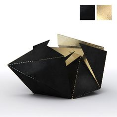 Folding Lamp by Thomas Hick The Folding Lamp comes in 6 versions to match your style and your interior. Click here to find out more about the Matt Black & Gold version of this geometric design lamp: http://folding-lamp.com #foldinglamp #ThomasHick