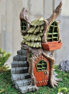 Amazon.com: Fiddlehead Fairy Garden Miniature Garden Stump House Halloween: Patio, Lawn & Garden