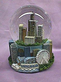 Chicago #snowglobe #travel #souvenir  My home  born there and lived there for the first 10 years of my life.
