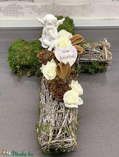 Grapevine Wreath, Grape Vines, Wreaths, Diy, Home Decor, Door Wreaths, Bricolage, Deco Mesh Wreaths, Interior Design