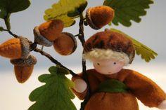 Acorn Flower Child Waldorf Inspired von KatjasFlowerfairys