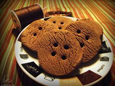 Bonkers About Buttons: Mocha Button Cookies (dont like coffee just love the button idea!)