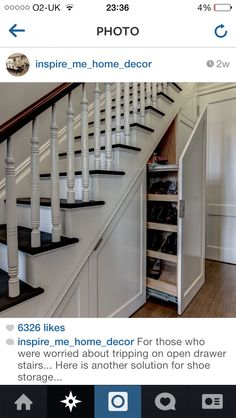 Hallway idea...I wish I could do this would be perfect for my house!!