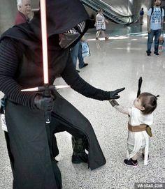 Kylo Ren meets tiny Rey