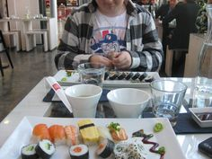 Sushilla Omenan Hanko Sushissa. #sushi #food #omena #hankosushi