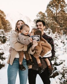 Image about love in family goals 👨👩👧👦 by Eve Cute Baby Pictures, Baby Photos, Family Photos, Cute Family, Family Goals, Familie Symbol, Cute Kids, Cute Babies, Pregnancy Goals
