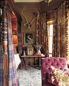tartan at Balmoral   ... photos queen at her desk at balmoral and glimpse of queen s bedroom