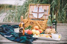 Urlaub am Neusiedler See im Burgenland - die Sonnenseite Österreichs Picnic, Basket, Outdoor, Tourism, Road Trip Destinations, Travel Inspiration, Outdoors, Picnics, Outdoor Games