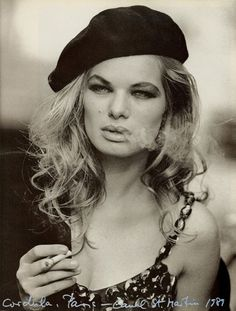 Vogue IT - Paris - Cordula Reyer - Nov 1989