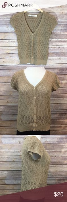 "Zara knit short sleeve cardigan Pretty spring cardigan. Measures pit to pit 17"", length 22"". EUC Zara Sweaters Cardigans"