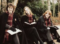 It won't be long, yeah!   knockturnallley: Harry Potter and the Goblet of Fire behind the scenes