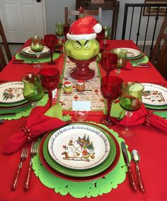 A Grinch at the Christmas Table — Whispers of the Heart Christmas Tablescapes, Christmas Dishes, Christmas Table Settings, Christmas Themes, Christmas Holidays, Christmas Decorations, Xmas, Grinch Decorations, Christmas Christmas