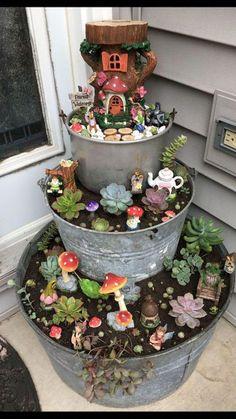 bezaubernde DIY vertikale Pflanzer 50 schöne Gartenzwerg und Fairy Garden D. Charming DIY Vertical Planters 50 Beautiful Garden Gnomes and Fairy Garden D . Garden Yard Ideas, Garden Crafts, Garden Projects, Garden Art, Easy Garden, Small Garden Ideas Diy, Creative Garden Ideas, Garden Design Ideas, Veg Garden